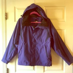 The North Face HyVent Hooded Rain Jacket Purple M